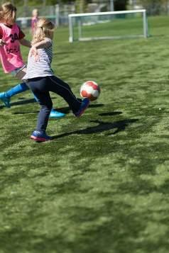 262-meidenvoetbal